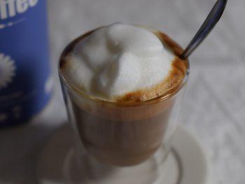 Close up van cappuccino gemaakt van Chikko's cichorei