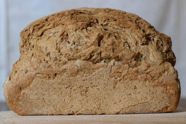 Glutenvrijebrood Jumbo, geweldig gerezen brood gebakken met broodmix